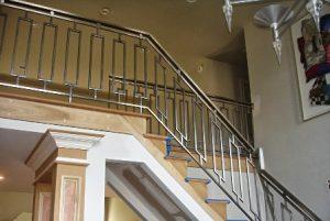 model-railing-tangga-stainless-steel