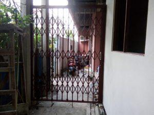 pintu harmonika tanpa daun